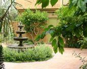 Italian Courtyard Design